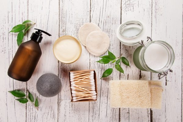 Sustainable Personal Care Products for an Earth-Friendly Bathroom